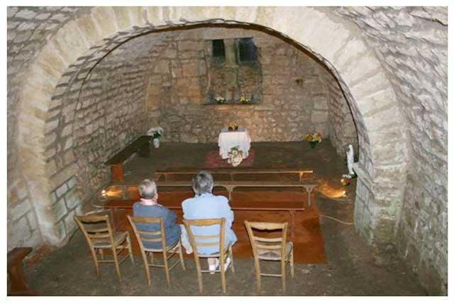 Chapelle: la crypte (Rdc).