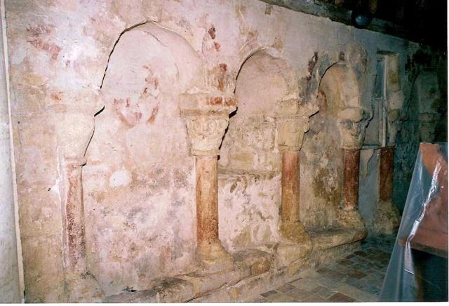 Peintures murales de la chapelle: mur nord après entretien en 2005 (L. Blondaux).